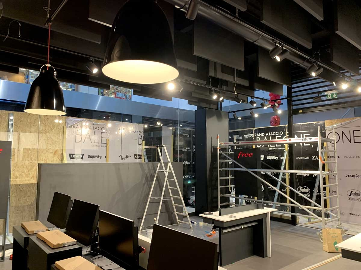 Travaux magasin free 06